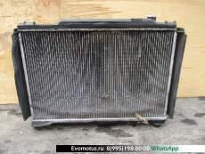 Радиатор двигателя  3Y TOYOTA CROWN YXS10  (Тойота Краун )