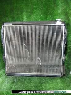 Радиатор двигателя  2UZ-FE TOYOTA SEQUOIA UCK45  (Тойота Секвоя)