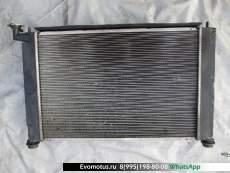 Радиатор двигателя  1ZZ TOYOTA ISIS ZNM10  (Тойота Исис)