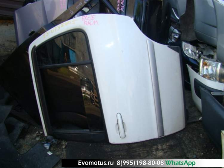 Дверь   TOYOTA RAUM EXZ15  (Тойота Раум) белый Задн Лев