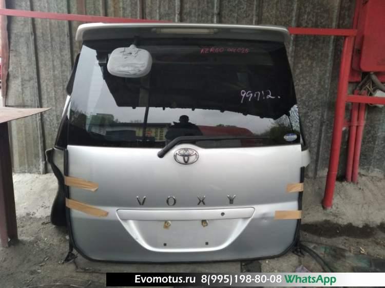 Дверь пятая   TOYOTA VOXY AZR60  (Тойота Вокси) серый