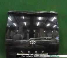 дверь пятая на 1az-fse TOYOTA VOXY azr60 (Тойота Вокси) черный задняя