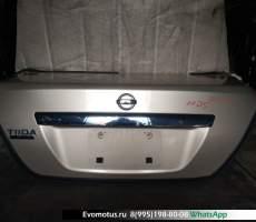 Крышка багажника Nissan Tiida Latio SC11