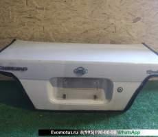 Крышка багажника Nissan Bluebird ENU14