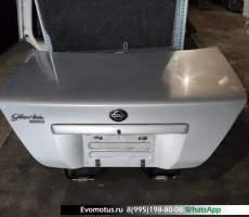 Крышка багажника Nissan Gloria HY34