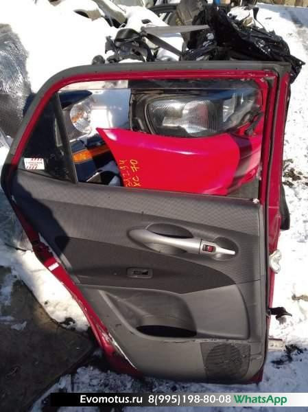 Дверь   TOYOTA AURIS NZE154  (Тойота Аурис) красный Задн Лев